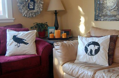 Halloween Pillows {how to}