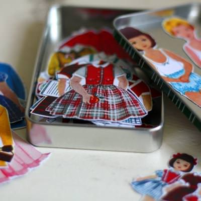 Magnetic Paper Dolls {Children's Gifts}
