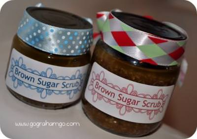 Make Your Own Brown Sugar Scrub! {recipe how to}