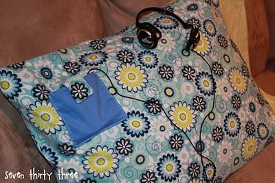 MP3 Player Pocket Pillowcase