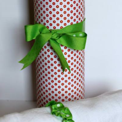 Use a Pringles Can as a Gift Container