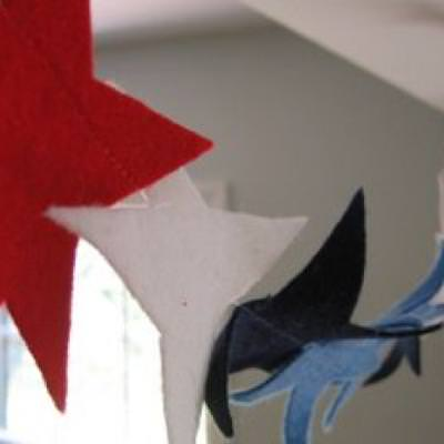 Felt Star Garland {Crafts}