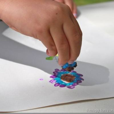 Painting With Tiny Sponges {Art Ideas}