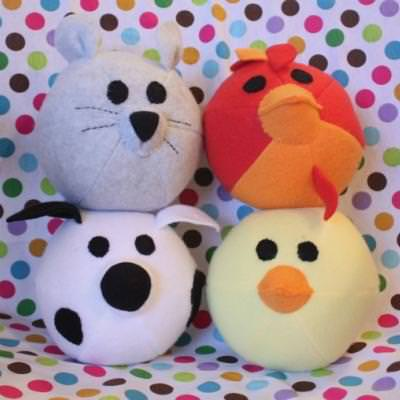 Plushie Pattern: How To Sew Farm Friends {Sewing}