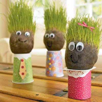 Time to Recycle {Earth Day Crafts for Kids}