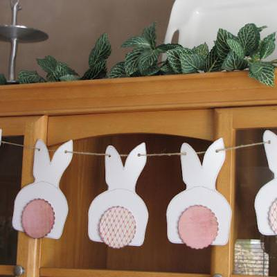 Bunny Bunting {Simple Paper Crafts}