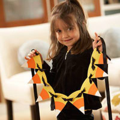 Easy Candy Corn Garland {Preschool Crafts}