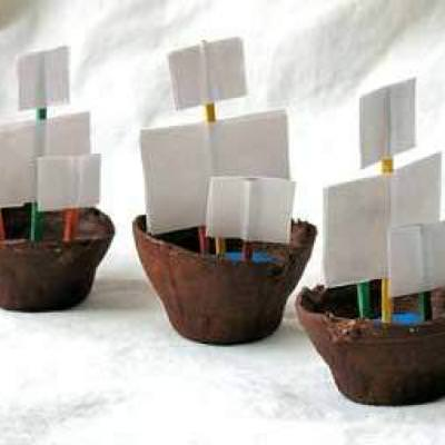 Egg Carton Ship {Party}
