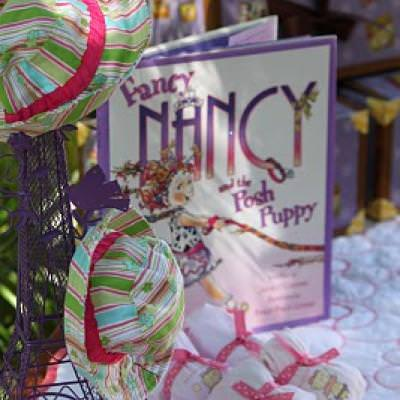 Fancy Nancy Birthday Party {Dress Up Party Themes}