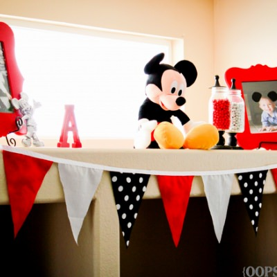 Mickey Mouse Birthday Party {Boy Party Theme Ideas}