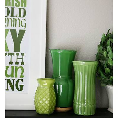 St. Patrick's Day Mantel {St Patricks Day Decorations}