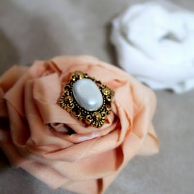 The Perfect Accessory {Broach}