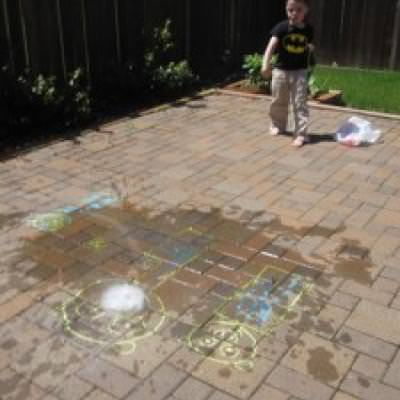 Angry Birds Water Balloon Game {Outdoor Activity}