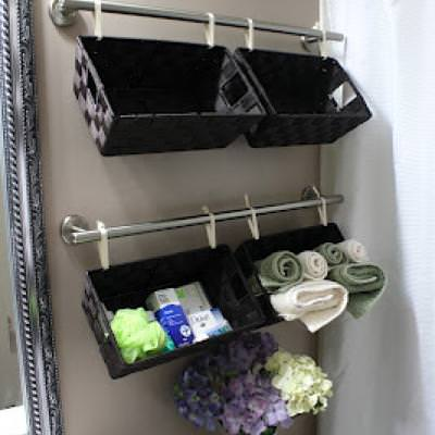 Bathroom Wall Storage Baskets {Bathroom Decor}