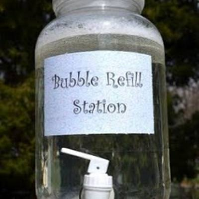 Bubble Refill Station {Outdoor Activities}