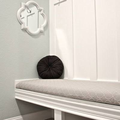 Building a Mudroom Bench {Mudroom}