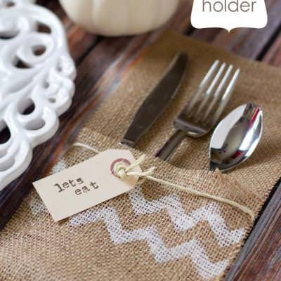 Burlap Utensil Holder {Thanksgiving Craft Projects}