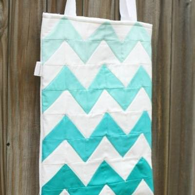 Chevron and Ombre Trendy Tote DIY {Totes and Purses}