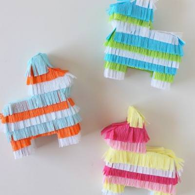 Cinco de Mayo Mini Pinatas {Cinco de Mayo Decor}