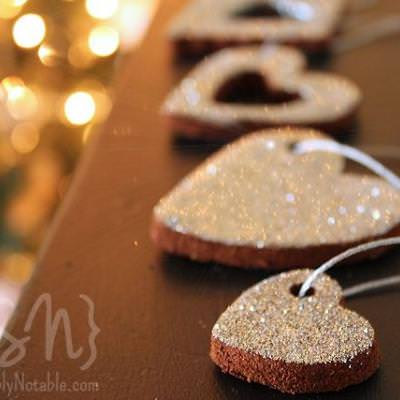 Cinnamon Spice and A Little Glitter Ornaments {At Christmas}