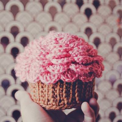 Crochet Cupcake Containers {Accessories}