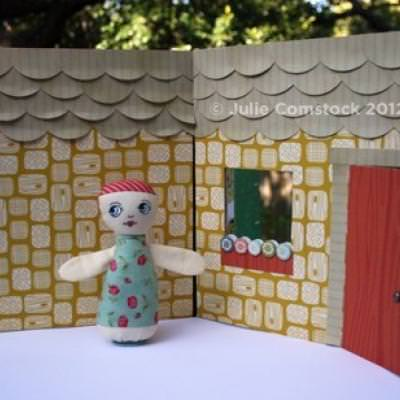 DIY Doll House {Printable Pattern}