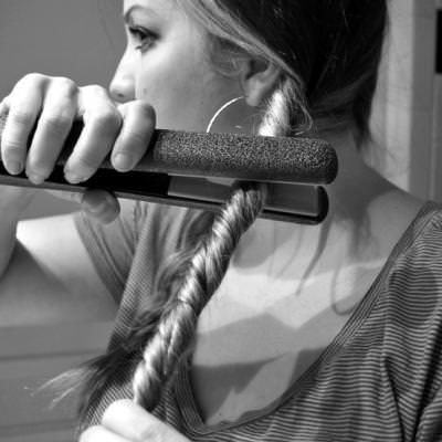 Easy Chic Waves {Hairstyles}