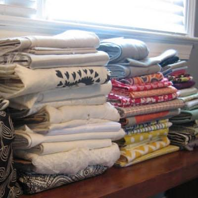 Folding and Storing Leftover Fabric {Fabric Storage}