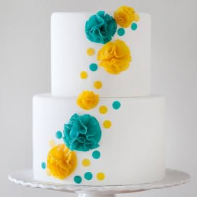 How to Make Cake Flowers {cake ideas}