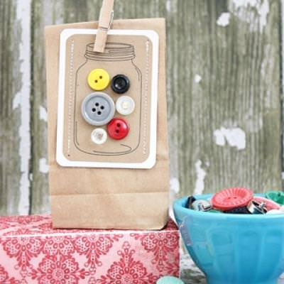Jars of Buttons Gift Tags