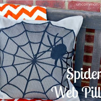 No-Sew Spider Web Pillow {spider web craft}
