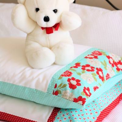 Pretty Pillow Case Tutorial {Home Decor}