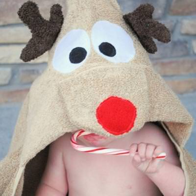 Reindeer Hooded Towel {diy christmas gifts}