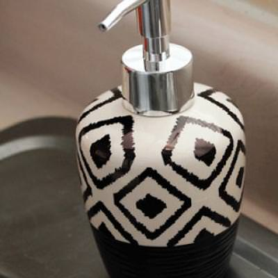 Sharpie Designed Soap Dispenser {Kitchen Accessories}