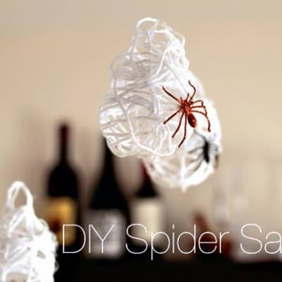 Spider Sacks Halloween Decor DIY {Spooky Spider}