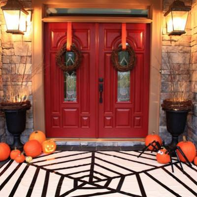 Spider Web Rug {halloween decorations to make}