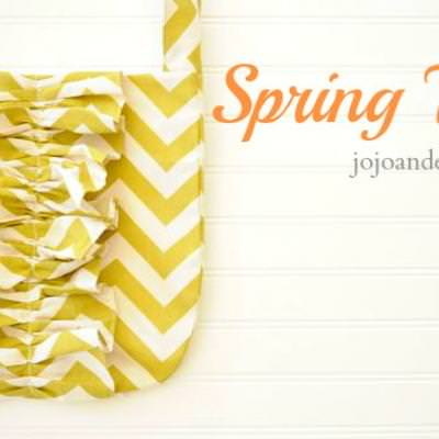 Spring Chevron Carry-All {Purses and Totes}