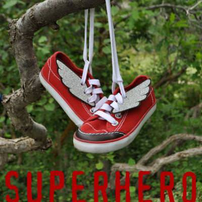 Superhero Winged Shoes {gifts for kids}