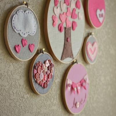 Valentine's Day Outfit Embroidery Hoop Art {Holiday Sewing}